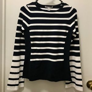 Autumn Cashmere bell-sleeve sweater